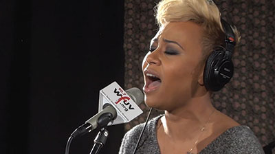 Emeli Sandé performing at WFUV