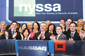 GBA team members joined NYSSA Board Vice Chairman Mark Ukrainskyj, CFA, and Robert Fuest, GBA '08, team adviser, at the NASDAQ MarketSite in Times Square on March 27 to ring the closing bell. Photo courtesy NASDAQ