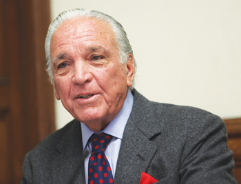 Alfonso Fanjul, GSB '59, a native of Cuba and CEO of Florida Crystals, spoke at Fordham's Gabelli School as part of International Business Week.  Photo by Michael Dames