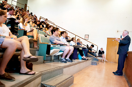 John Feerick, FCRH '58, LAW '61, speaks with students at the pre-law symposium on Oct. 2. Photo by Dana Maxson