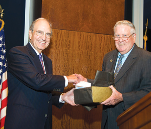Sen. George J. Mitchell (left) receives the George Mitchell Lifetime Public Service Award from John D. Feerick. Photo courtesy of Fordham Law