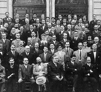 """The original participants of the """"International Extension Course in Medical and Nervous Diseases,"""" Sept. 9 through 28, 1912.  Courtesy of Fordham Archives"""
