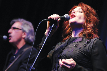 WFUV honored singer-songwriter and Grammy winner Rosanne Cash at its sixth annual fundraiser on May 9. Cash performed with her band for 300 guests.  Photo by Chris Taggart