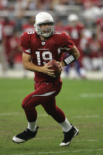 Former Rams quarterback John Skelton (GSB '10) leads the Arizona Cardinals to victory on Dec. 12. Photos courtesy of Fordham Athletics