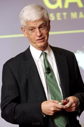 Mario J. Gabelli (CBA '65) told Fordham business students that the slowing economy presents opportunities for future growth.  Photo by Bruce Gilbert