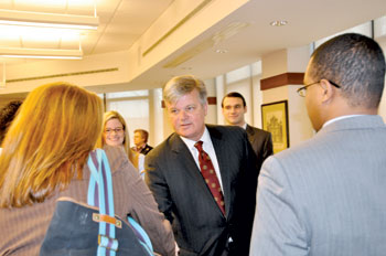 James J. Houlihan (CBA '74) speaks to CBA students after his breakfast lecture on March 26.  Photo by Gina Vergel