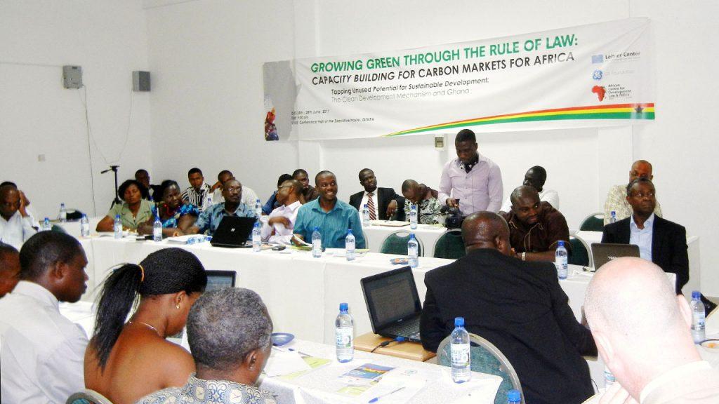 A carbon markets workshop organized by SDLI.