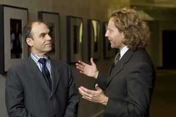 Novelist Scott Turow with Thane Rosenbaum, J.D., John Whelan Distinguished Lecturer in Law and director of the Forum on Law, Culture & Society. Photo Nancy Adler