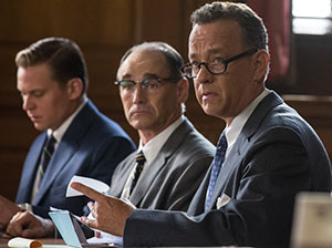 Hanks and actor Mark Rylance (center) as Rudolf Ivanovich Abel in a courtroom scene from Bridge of Spies.