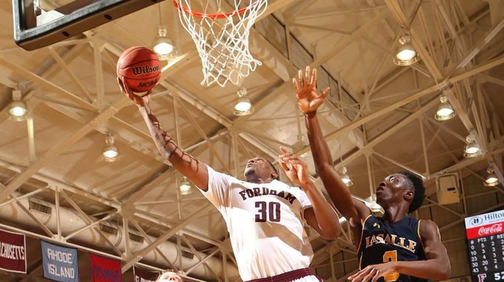 Men's Basketball Hosts Richmond on Sunday