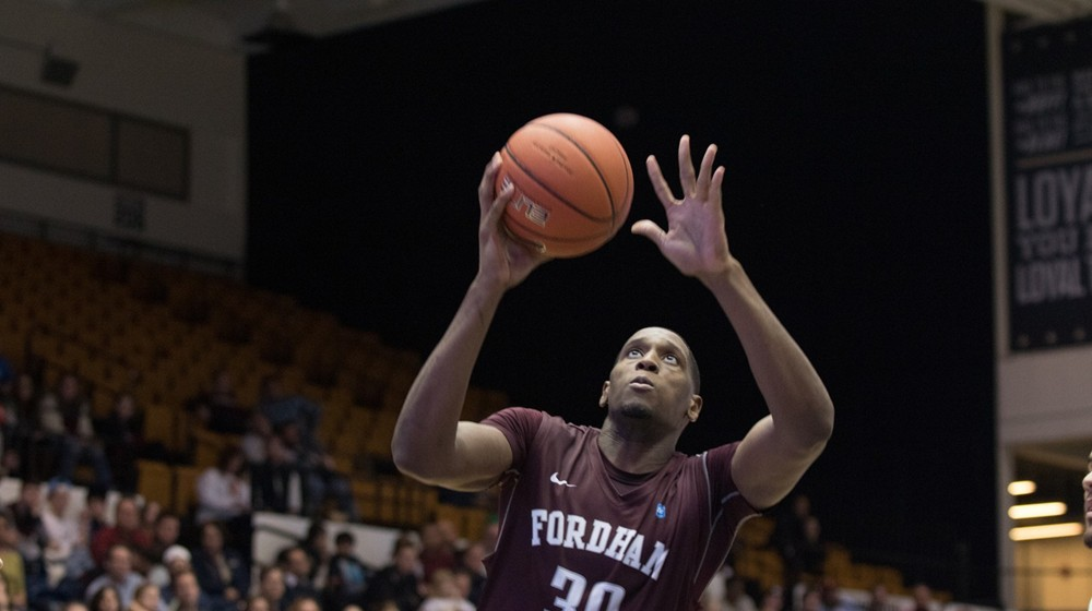 Men's Basketball Falls at Rhode Island