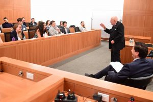 Before the dinner, Judge Calabresi met with Fordham Law students to answer their questions about his career and the federal judiciary. Photo by Chris Taggart