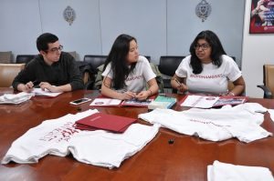 Student ambassadors from the Fordham Fund's Student Philanthropy Committee discuss plans for Fordham's first-ever Giving Day.