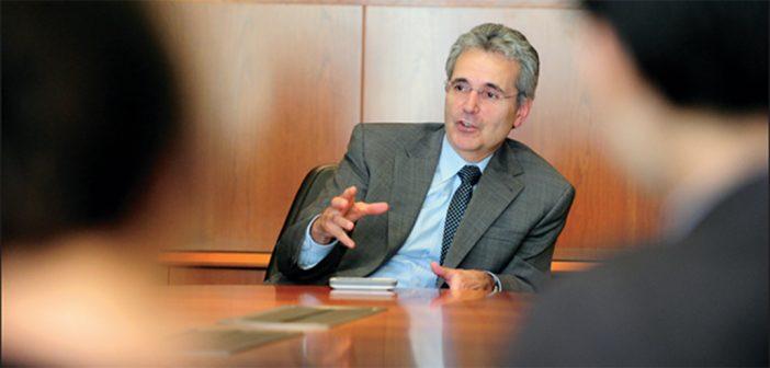 Dr. Ronald DePinho, FCRH '77