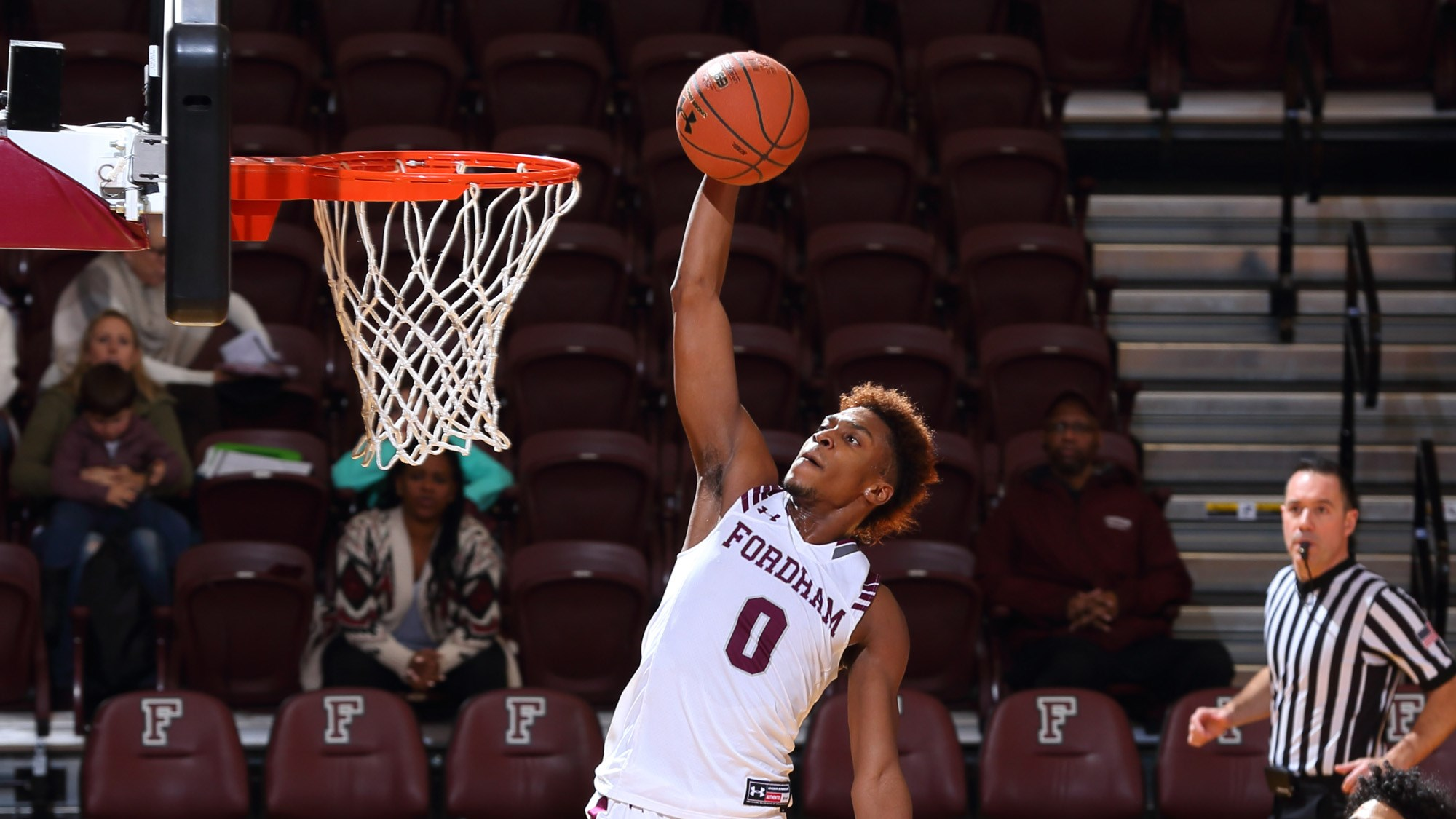 Men's Basketball Knocks Off St. Francis, 76-68