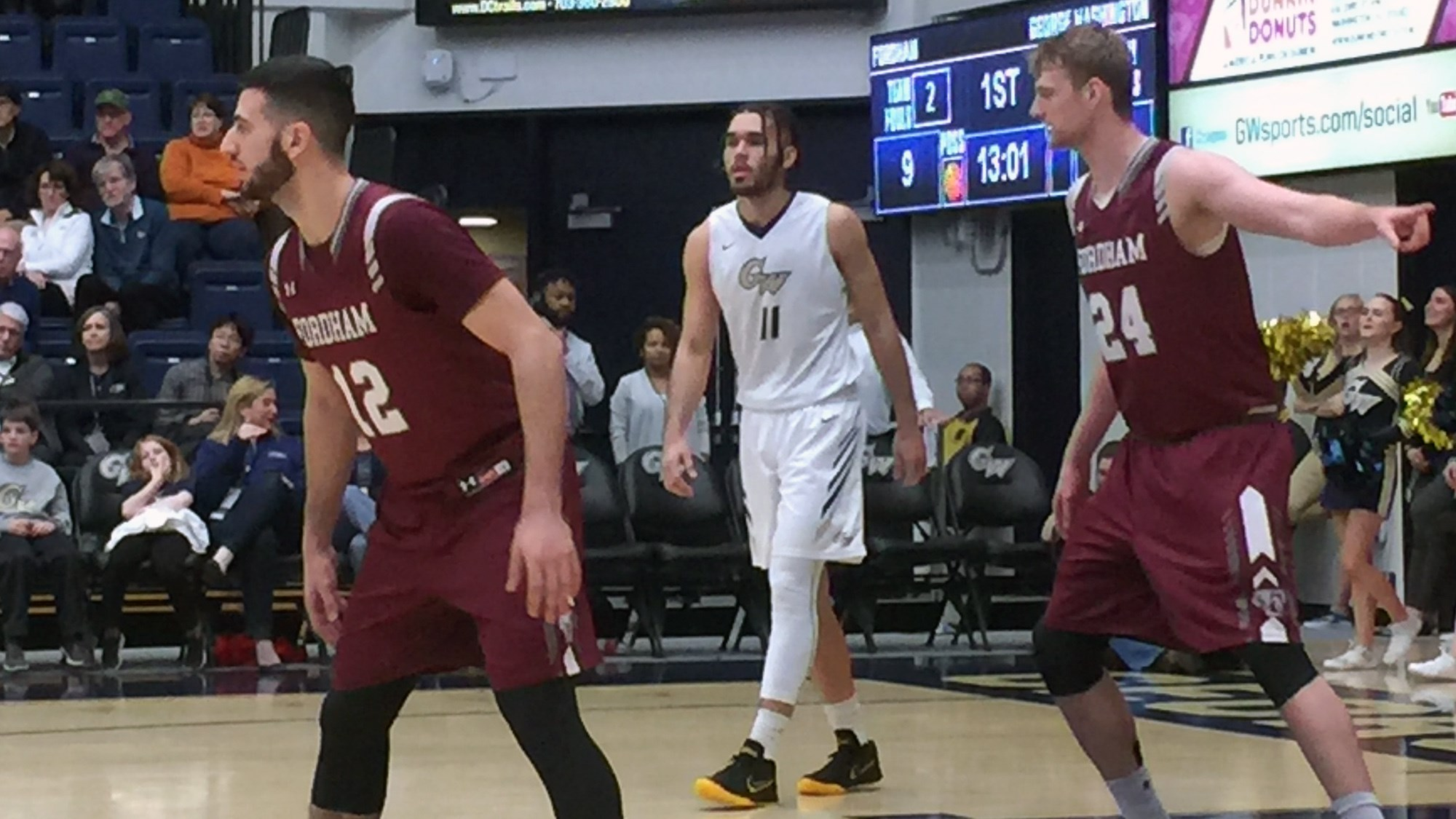Men's Basketball Falls at George Washington, 72-56