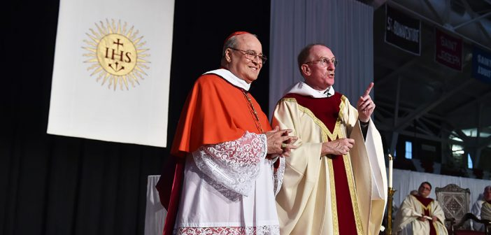 Archbishop Jaime Lucas Cardinal Ortega y Alamino celebrates mass at Fordham in 2015.