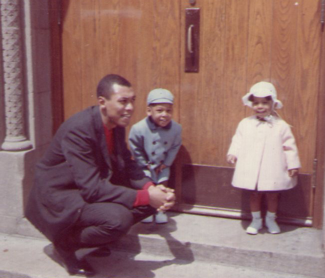 Edwin R. Woodriffe with his two children, Lee and Edwin Jr.