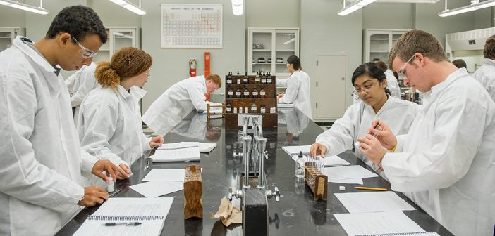 Blavatnik Family Foundation Gives $250,000 Toward STEM Scholarships and Research